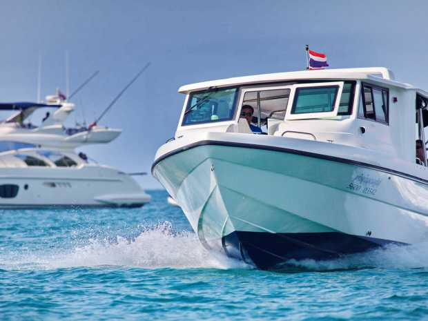 AA S Seat 40 Featured Boat Listing