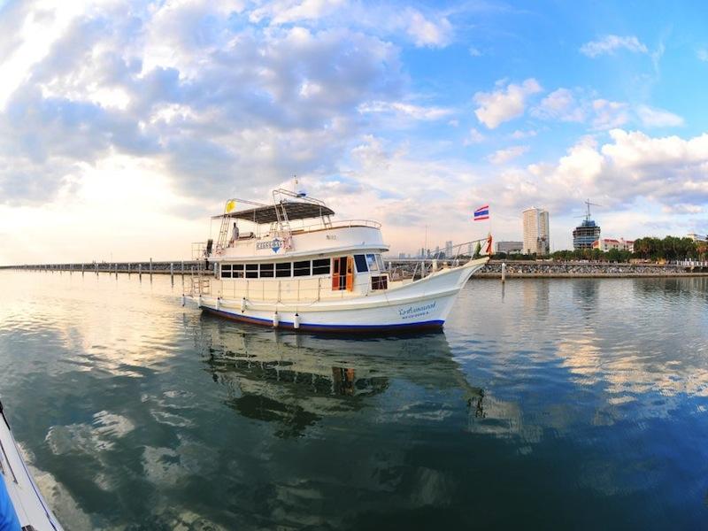 Pattaya Yacht Tour